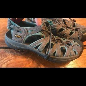 Keen women's whisper sandals hiking water shoes 9
